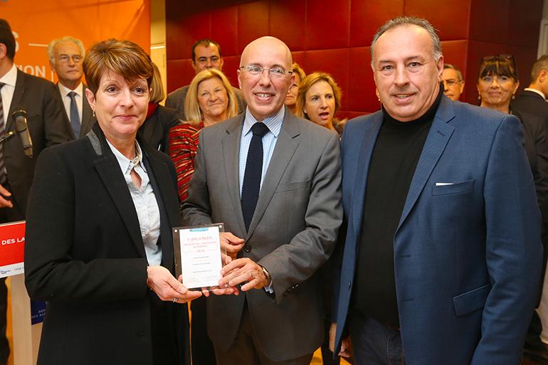 L'action Sport santé sur ordonnance récompensée : Mme Berretoni, M. Ciotti et M. Carlin