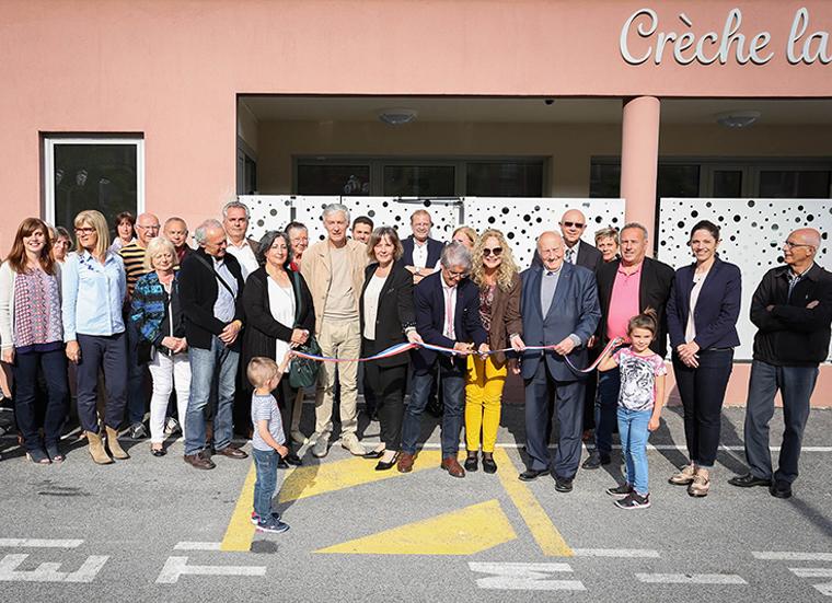 photo La nouvelle Crèche «la Grenouillère»inaugurée -équipe