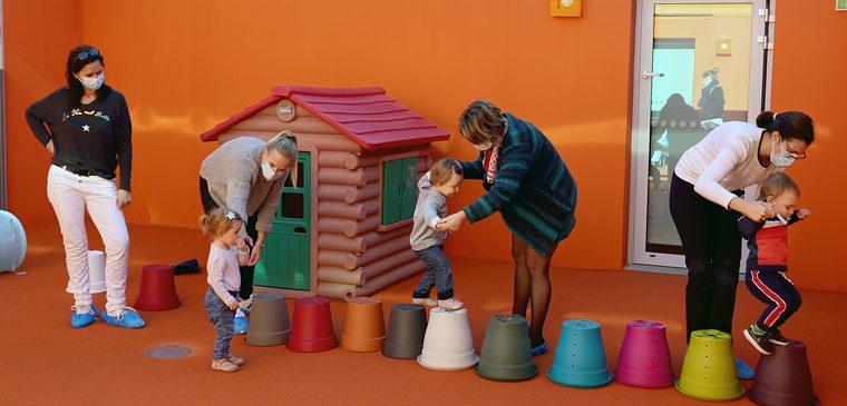 Histoires et Éveil Corporel au programme des « Petites Parenthèses »